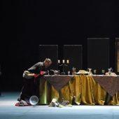 MACBETH -  Compositeur : Giuseppe VERDI -  Livret : Francesco Maria PIAVE et Andrea MAFFEI -  Direction musicale : Daniele GATTI -  Chef de choeur : Stephane PETITJEAN -  Mise en scene : Mario MARTONE -  Choregraphie : Raffaella GIORDANO -  Costumes : Ursula PATZAK -  Lumieres : Pasquale MARI -  Orchestre National de France -  Choeur de Radio France -  Le 02 05 2015 -  Au Theatre des Champs Elysees -  Photo : Vincent PONTET